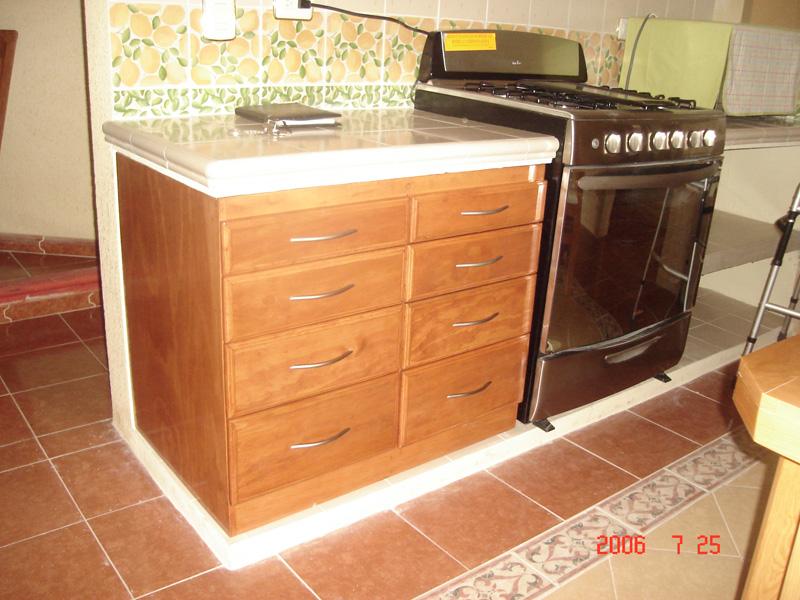 Cajones de cocina tpc cocinas cocinas a medida cajonera for Cajoneras de cocina