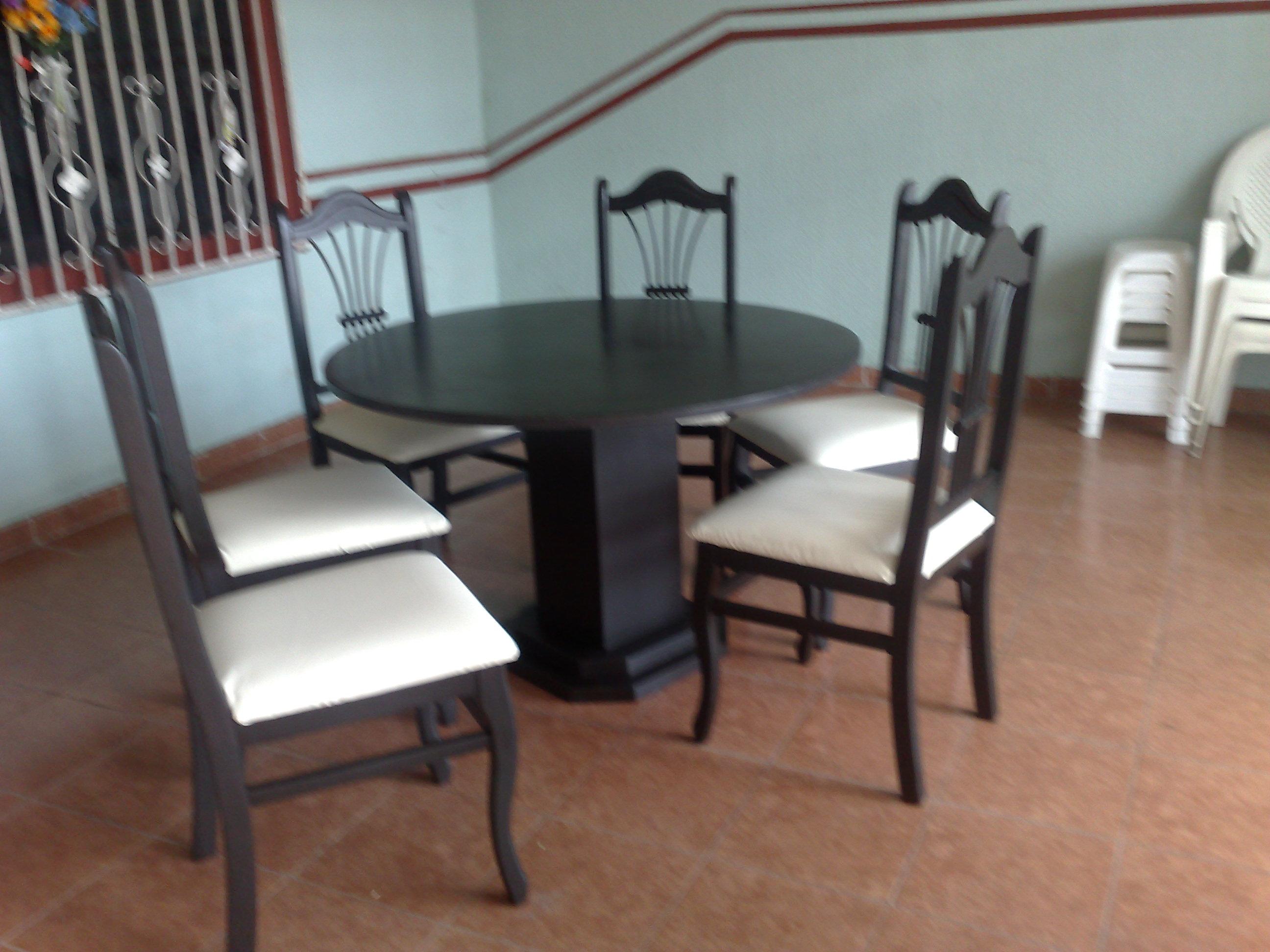 Mesas y sillas la puerta carpinteria for Mesa y sillas escandinavas