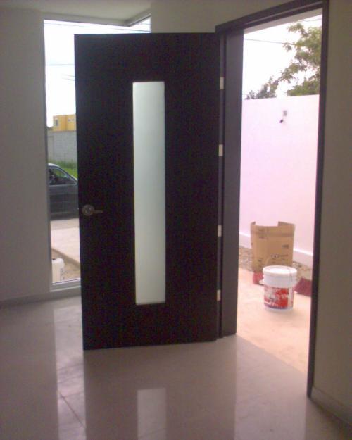 Minimalista 7 la puerta carpinteria for Puertas de madera para interiores minimalistas
