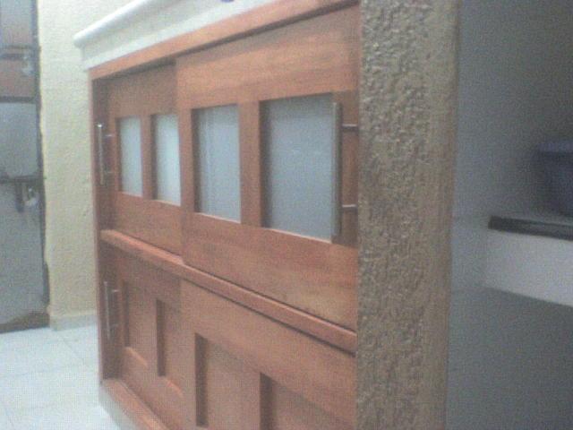 Cocinas y closet s en m rida yucat n la puerta carpinteria for Mueble barra cocina